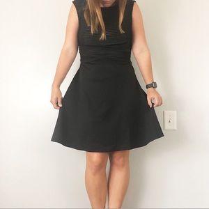 Sandra Darren   6   NWT little black dress skater